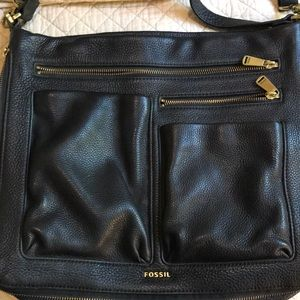 Fossil larger crossbody purse